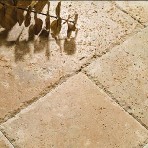 Dalle pierre calcaire naturelle travertin vieilli terrasse piscine